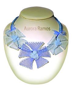 Gargantilla Needle Lace, Beaded Necklace, Fashion, Lace Flowers, Bobbin Lace, Jewels, Basket Weaving, Statement Necklaces, Bead Necklaces