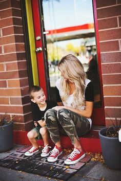 25 Stylish Ideas to wear Camo Pants to look hot as hell Baby Outfits, Mom And Son Outfits, Mother Son Matching Outfits, Family Outfits, Chic Outfits, Baby Boy Fashion, Toddler Fashion, Kids Fashion, Red Chucks