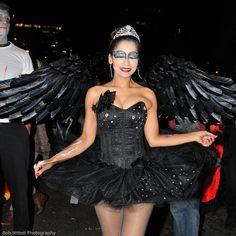 diy the look the black swan diy halloween costumes pinterest kost m. Black Bedroom Furniture Sets. Home Design Ideas