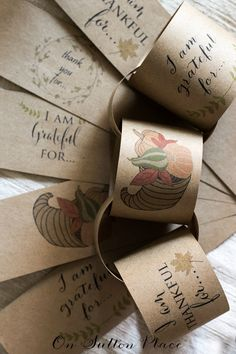 Thanksgiving+Paper+Chain+Printable+ +The+perfect+easy+craft+to+countdown+the+days+until+Thanksgiving.+Free+printable+provided.+Just+cut+and+tape.+