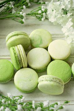 Sage Green Wallpaper, Mint Green Aesthetic, Bebidas Do Starbucks, Turnover Recipes, Mint Mojito, Macaron Recipe, Green Photo, Greens Recipe, Pretty Green