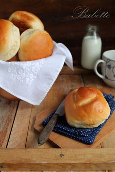 Babette: Tejes zsemle Dinner Rolls, Recipe Box, Soul Food, Appetizers, Gluten, Bread, Meals, Cake, Drink