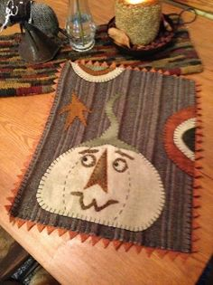 Who's There? Wool Applique Pattern