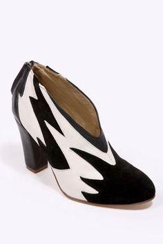 Atalanta By Atalanta Weller Mexi V-Front Shoes - £80