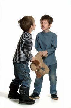 Imagen libre de derechos: Sibling rivalry