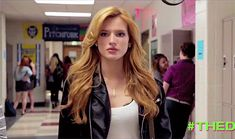 I got Bella Thorne! Which Famous Teenager Are You?
