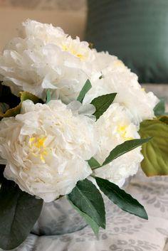 TISSUE PAPER FLOWER TEMPLATE