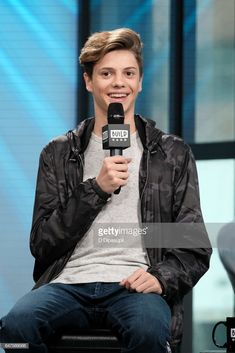 Jace Norman attends the Build Series to discuss 'Henry Danger' at Build Studio on March 2017 in New York City. Jace Norman 2017, Jason Norman, Henry Danger Jace Norman, Norman Love, Capitan Man, Henry Danger Nickelodeon, Nickelodeon Girls, Jace Norman Snapchat, New York City