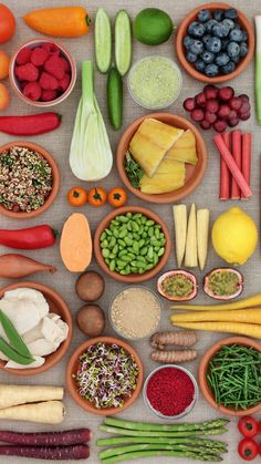 10 fruits & vegetables rich in protein | Times of India Protein Rich Foods, Good Sources Of Protein, Fiber Rich Fruits, Low Calorie Fruits, Fruits And Veggies, Vegetables, Fava Beans, Edamame, Green Beans