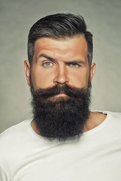 Reading mens body language dating he'll serve you an eyebrow flash. 18 body language clues that say hes interested definitely how to read mens body language Moustache, Beard No Mustache, Long Beard Styles, Hair And Beard Styles, Hair Styles, Great Beards, Awesome Beards, Bart Trend, Hipster Haircuts For Men