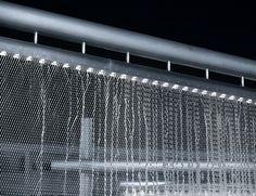X-TEND als beleuchteter Wasserschleier  #xtend #design #