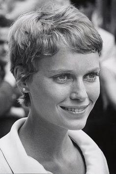 """Mia Farrow (pixie) #miafarrow #holywoodicon """" #broadwaydannyrose #woodyallen #farrow #actress #FrankSinatra"""