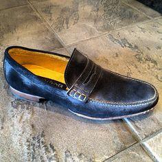 #donaldpliner #yqr Men Dress, Dress Shoes, Loafers Men, Oxford Shoes, Instagram Posts, Fashion, Formal Shoes, Oxford Shoe, Moda