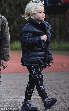 Zuma Rossdale in his NUNUNU leggings
