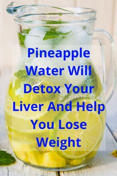 Pineapple Water Will Detox Your Liver. Help You Lose Weight . Reduce Joint Swelling And Pain – Healthy Life Healthy Detox, Healthy Juices, Healthy Drinks, Healthy Smoothies, Healthy Foods, Healthy Recipes, Pineapple Detox, Pineapple Water Recipe, Health Tips
