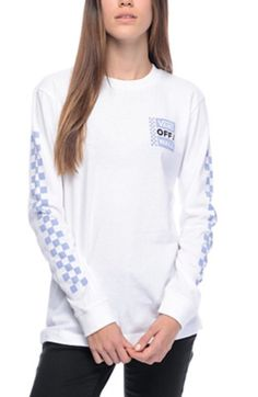 Cruise like a true California skater girl style with the OTW white long sleeve t-shirt from Vans. The white cotton long sleeve tee features light blue checker patterns down both sleeves that accent the Vans Off The Wall square logo on the left chest. Skater Girl Style, White Long Sleeve, How To Look Pretty, Long Sleeve Shirts, Girl Fashion, Tee Shirts, Sweatshirts, Hoodies, Square Logo