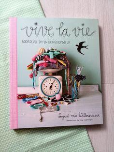 Bookreview Vive la vie - Mydailyteacup