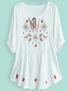 To find out about the White Batwing Sleeve Tribal Embroider Tunic Top at SHEIN, part of our latest Blouses ready to shop online today! Estilo Hippie, Boho Hippie, Cool Outfits, Summer Outfits, Embroidered Tunic, Batwing Sleeve, Look Fashion, Fashion Dresses, Dress Up