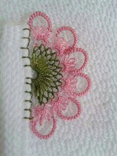 Needle Lace, Diy And Crafts, Crochet Earrings, Embroidery, Flowers, Handmade, Flower Decoration, Dish Towels, Lace