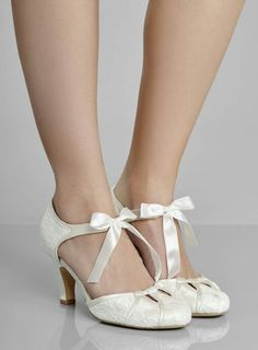 df58289d9e3 Photo 2 of Ophelia Vintage Mid Heel Ribbon T-Bar Shoes