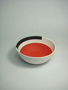 """Kuwata's goal is to create joyful and fun works, by making the most use of the characteristics of the materials"" - SALON 94 - (Oddly elegant clay object by Takuro Kuwata) Ceramic Tableware, Ceramic Clay, Ceramic Bowls, Ceramic Pottery, Earthenware, Stoneware, Japanese Ceramics, Pottery Designs, Ceramic Design"