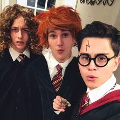 Hahah this is fab Boy Bands, American, Pictures, Photos, Instagram, Funny, Fashion, Moda, Fashion Styles