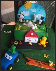 Farm animal's cake.