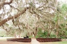 Dreamy wedding venues. Honey Horn Plantation SC wedding. Southern wedding ideas. Lowcountry wedding ideas. Spanish moss. Oak tree ceremony. South Carolina Wedding. Hilton Head Island wedding. W PHOTOGRAPHY 2015