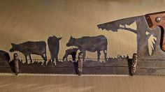 Plasma cut hand saw Cow Decor for Farmhouse Wall Decor, Repurposed saw Made to Order for Ranchers. Rustic Man cave Decor gift for men. Metal Projects, Metal Crafts, Wood Crafts, Diy Projects, Welding Art, Welding Ideas, Art Rustique, Plasma Cutter Art, Cow Decor