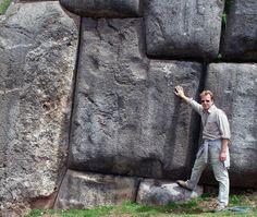 Den meisten ist sicher die peruanische Ruinenstätte von Machu Picchu ein Begriff. Neben diesem Touristenmagneten gibt es rund um die ehemalige Inka-Hauptstadt Cuzco eine ganze Reihe weiterer Überre…