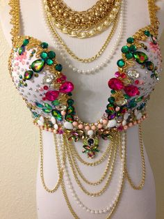Green Pink & Gold Gemstone Plunge Bra by TheLoveShackk on Etsy Plunge Bra, Mini Tattoos, Festival Outfits, Belly Dance, Latina, Costume Ideas, Pink And Gold, Gypsy, Oriental