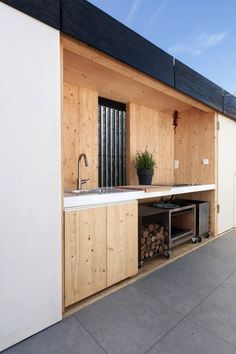 Outdoor Kitchen- want it! Outdoor kitchen of the Budapest Students Design Sustainable House for Indoor and Outdoor Living The English Garden. Outdoor Rooms, Outdoor Gardens, Indoor Outdoor, Outdoor Living, Outdoor Decor, Outdoor Bedroom, Outdoor Bars, Outdoor Office, Rustic Outdoor