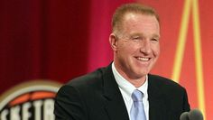St. John's legend Chris Mullin reportedly returning as coach John Legend  #JohnLegend