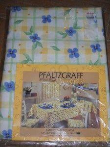 Pfaltzgraff Accents Summer Breeze Fabric Tablecloth 52 X 70 Oblong