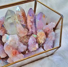 Add glitter to diy geodes???
