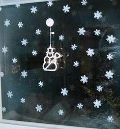 jokin ikkunaan kiinnitettävä ledi /paristo koriste jos pieniä niitä voisi olla 2 kpl