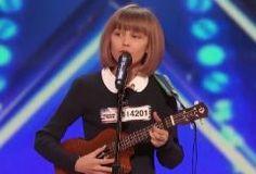 "Grace VanderWaal ""America's Got Talent"" Audition Video: Howie Mandel Uses Golden Buzzer On 12-Year-Old Singer"
