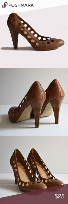 Nine West Round Toe Pumps Nine West | size 7.5 | leather upper | all pictures taken by me product shown as is Nine West Shoes Heels