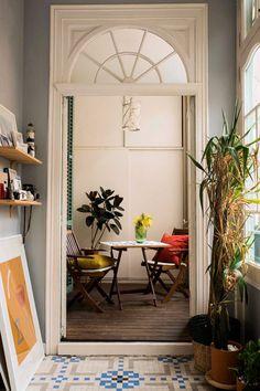 The relaxed, boho home of Paloma Lanna