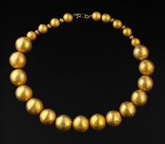Gold necklace, Lambayeque or Sicán Culture circa 700-1300 A.D. Province of Sullana, North of Peru