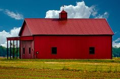 Barn just outside of Bombay Hook National Wildlife Refuge by mazemet, via Flickr