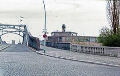 Berlin Wall, Fair Grounds, Street View, Paris, City, Travel, Woman, Creative, Wedding