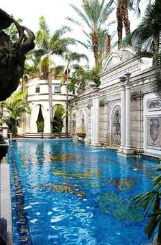 1000 images about south florida architecture on pinterest for Versace pool design