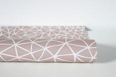 Geschenkpapier - Papeterie. Geschenkpapier Mountains, rosa Format 50x70 cm gedruckt auf hochwertigem Recyclingpapier. 2,50 € inkl. MwSt., zzgl. Versandkosten