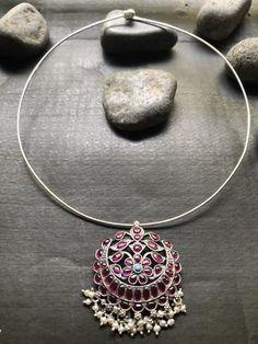 Silver Choker, Beaded Choker, Copper Wire Jewelry, Silver Jewelry, Halo Engagement, Engagement Ring Settings, Antique Silver, Antique Jewelry, Silver Jewellery Indian