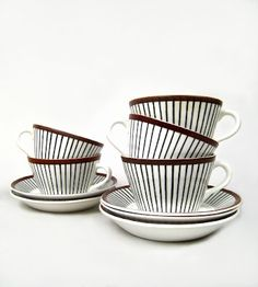 Scandinavian china, by Stig Lindberg--i love this pattern! We had these dishes when I was a child. Ceramic Tableware, Porcelain Ceramics, Kitchenware, Feather Illustration, Stig Lindberg, Vintage Pottery, Scandinavian Design, A Table, Tea Party