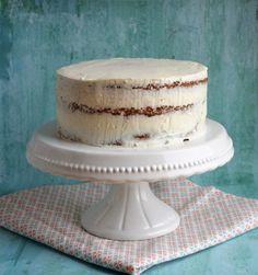 Tortaburkolás marcipánnal / fondanttal – rész: A torta előkészítése Hungarian Recipes, Hungarian Food, Vanilla Cake, Fondant, Cake Decorating, Decorating Ideas, Tart, Sweets, Cheese
