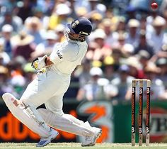 Sachin Tendulkar sways out of the way of a bouncer, Australia v India, 3rd Test, Perth, 1st day, January 16, 2008  200th.in