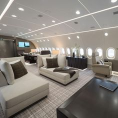 Is this the world's best private jet? The Boeing 787 that's an airborne penthouse apartment - Private Plane Jets Privés De Luxe, Luxury Jets, Luxury Private Jets, Private Plane, Cabina Exterior, Avion Jet, Private Jet Interior, Aircraft Interiors, Penthouse Apartment