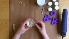 Making 3D flowers with Melt-It! powder from @wowembossing